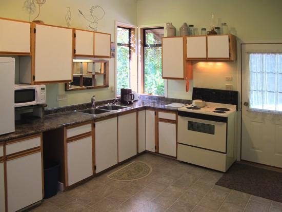 North Saanich, Canadá: Cottage Kitchen