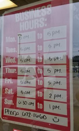 Roseburg, OR: Hours of operation