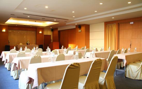 Mike Beach Resort: Meeting Room