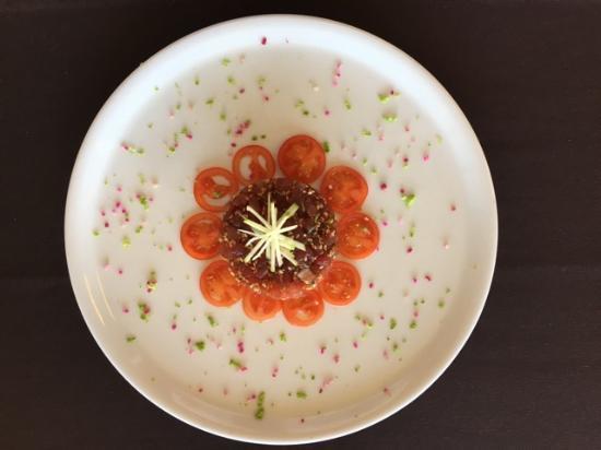 Prefailles, Francia: tartare de thon salpicon de mangues