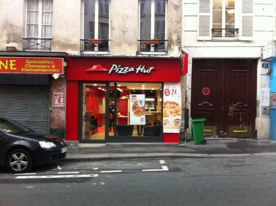 nouveau pizza hut dans le paris 9ieme enfin les midis a petit prix et livraison au bureau aus. Black Bedroom Furniture Sets. Home Design Ideas