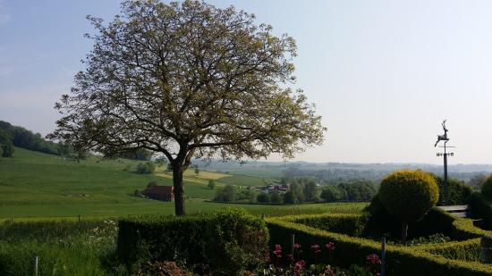 Mechelen, Hollanda: uitzicht vanuit de tuin van het hotel