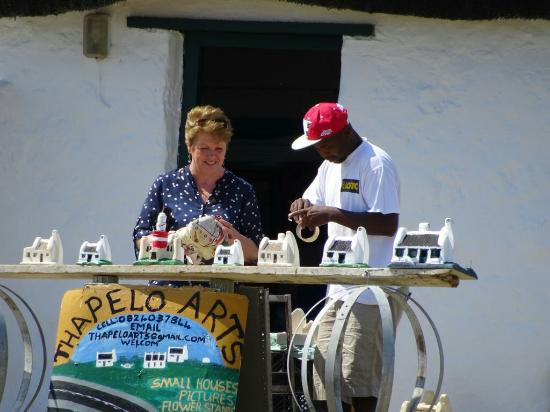 Supporting local artists in the township close to the Cape Agulhas Lighthouse
