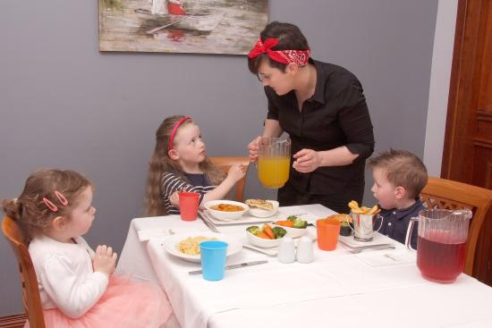 The Old Imperial Hotel: Kids Eat Free! 1 Childs meal with every Adult Mains