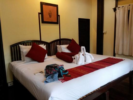 Villa Ban Lakkham: Big bed for me