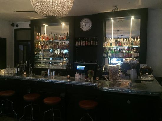L'Omnibus: bistrot 23 #le bar