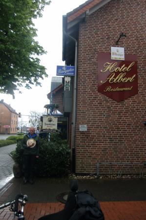 Hotel Albert: Afscheid van een vervelend hotel....