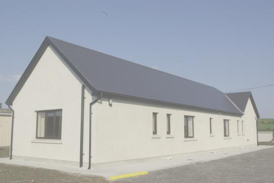 Bunmahon, Irlanda: External view ample on site parking