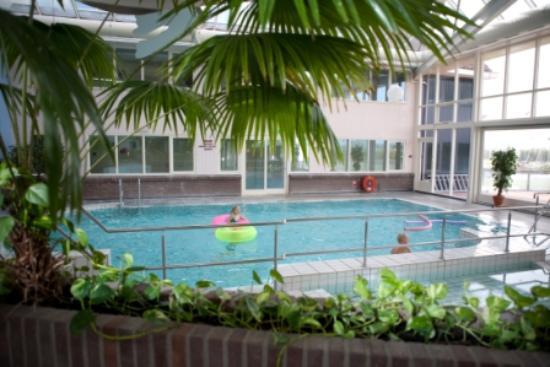 Koudum, Nederländerna: Verwarmd binnen zwembad