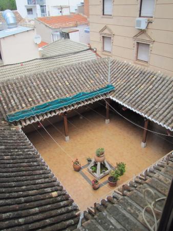 Hotel Las Tablas: Vista desde una habitación interior.