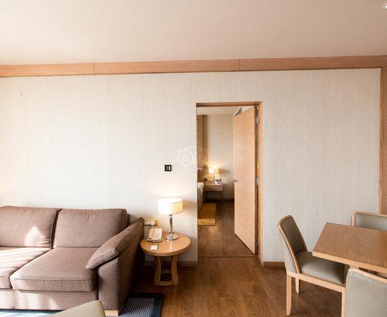 RADISSON BLU HOTEL NEW DELHI DWARKA - Hotel Reviews, Photos, Rate