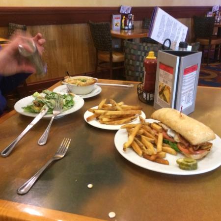 Hogansburg, Νέα Υόρκη: Lunch