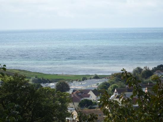 Charmouth, UK: you get super views on the hills  camera out or the paintig easel