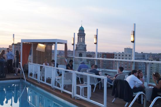 Donovan Rooftop Bar
