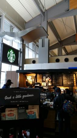 Morrisville, NC: Looooong line, but moving right along, thanks be to God.  This is the Starbucks just past securi