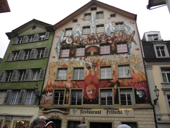 Old Town Lucerne: Painted building facades have a story to tell.