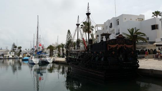 Tunis Governorate, Tunísia: Порт