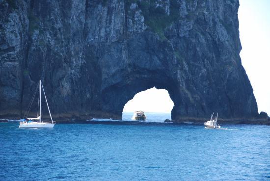 Paihia, Nueva Zelanda: Hole In The Rock , Bay Of Islands