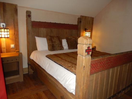 notre lit photo de hotel les iles de clovis les epesses tripadvisor. Black Bedroom Furniture Sets. Home Design Ideas