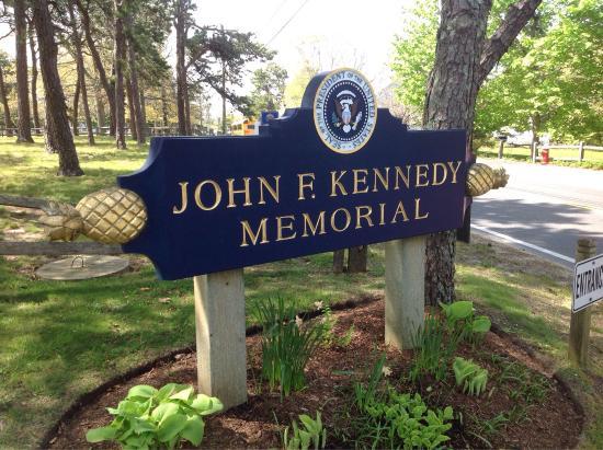 Memorial Picture Of John F Kennedy Memorial Hyannis Tripadvisor