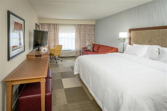 Hampton Inn & Suites Chicago Schaumburg