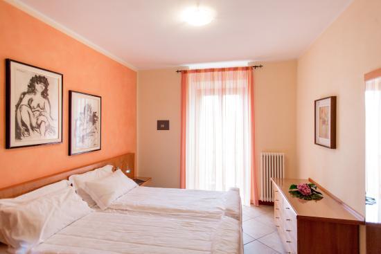 Appartamenti La Grotta Photo