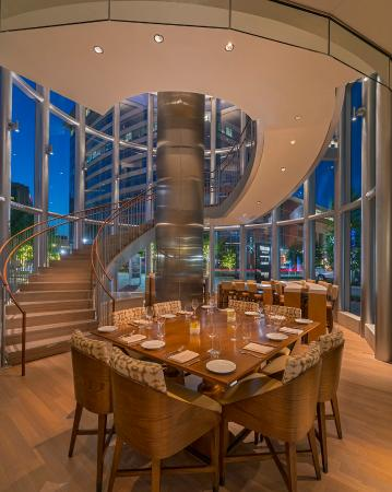 The Woodlands, TX: CURRENT Restaurant