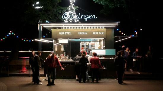 Bitzinger - Würstel, Burger & CO