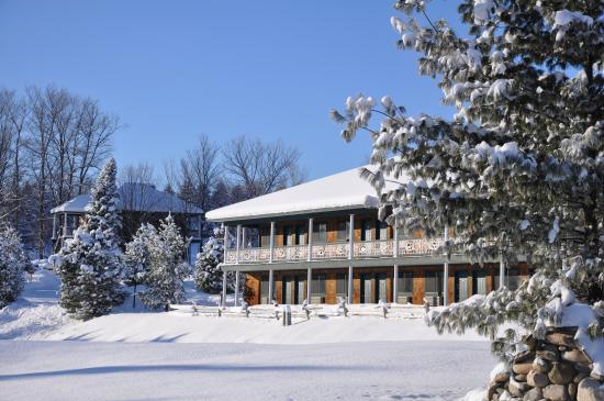 Bellaire, MI: Legend Inn - Winter