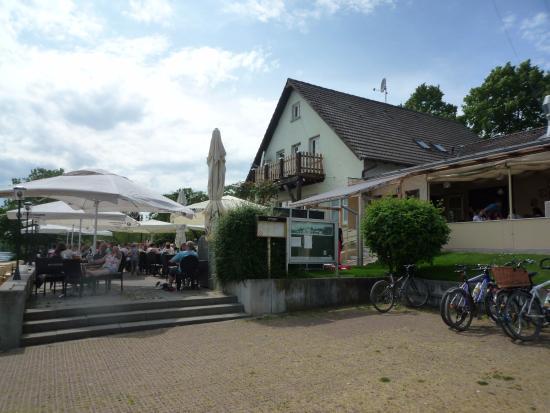 Florsheim, Alemania: Das Bootsheim in Flörsheim am Main