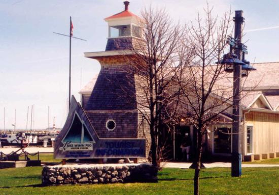 Gimli, Kanada: Outside view of the centre