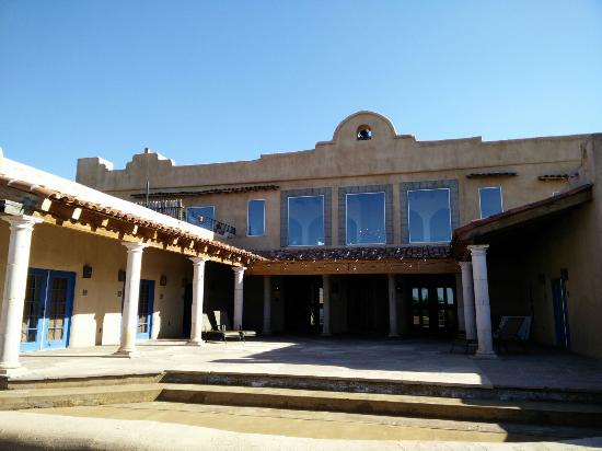 Cerrillos, Nuevo Mexico: The patio where the ceremony took place