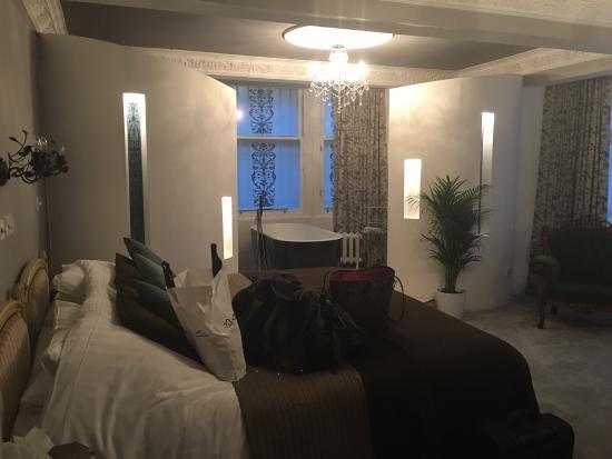 the luxury ensuite picture of alamo guest house glasgow tripadvisor rh tripadvisor com