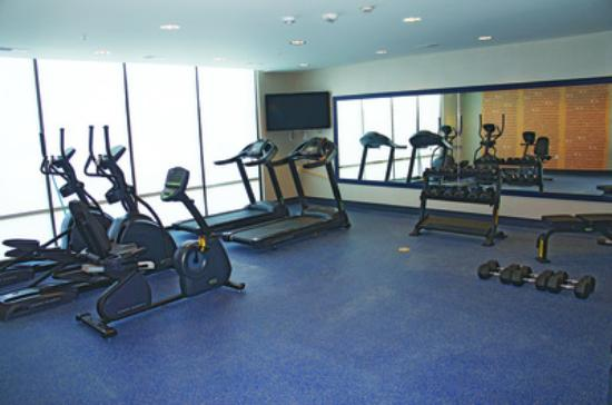 Hollister, MO: Fitness Room