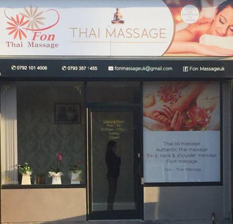 ‪Fon Authentic Thai Massage‬