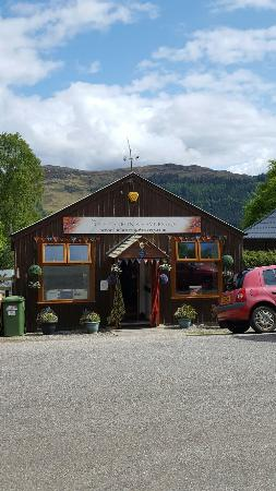 ‪The Lochcarron Weavers Shop‬