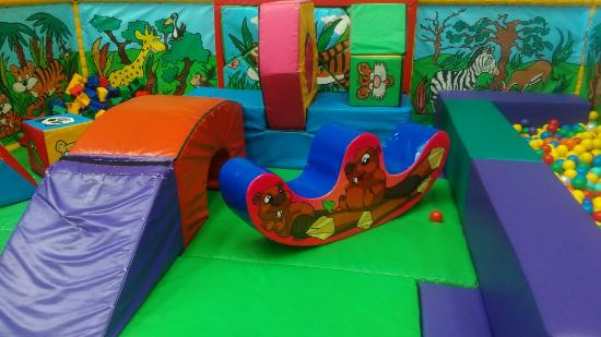 Playzone : Under 2 toddler area