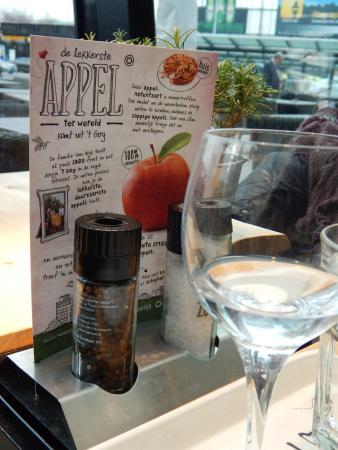 ฮุฟด์ดอร์ป, เนเธอร์แลนด์: salt & pepper