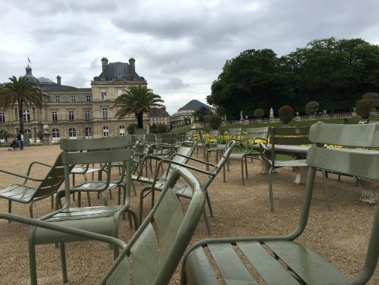 Stoelen Jardin Luxembourg   Picture of Luxembourg Gardens, Paris   TripAdvisor