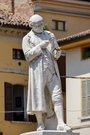 Scandiano, Włochy: Monumento a Lazzaro Spallanzani