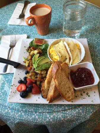 Maura's Cafe and Deli : photo0.jpg