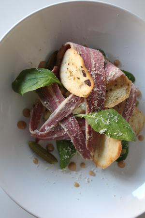 Broseley, UK: Spiced beef salad