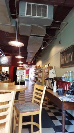 Nashoba Brook Bakery : Inside the cafe