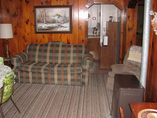 Brekke's Fireside Resort: cottage 11