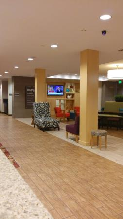 Home2 Suites by Hilton Baltimore / White Marsh: 20160518_221112_large.jpg