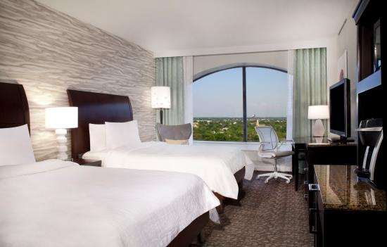 Hilton Garden Inn Austin Downtown/Convention Center: Guestroom