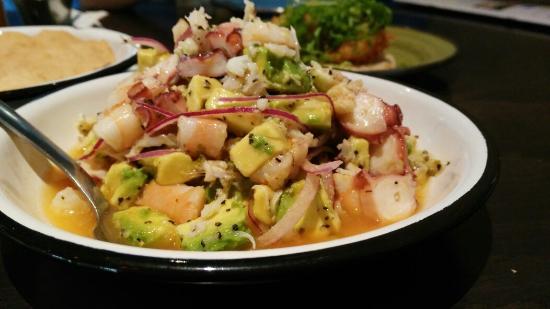 Yuzu Cocina Del Mar & Grill