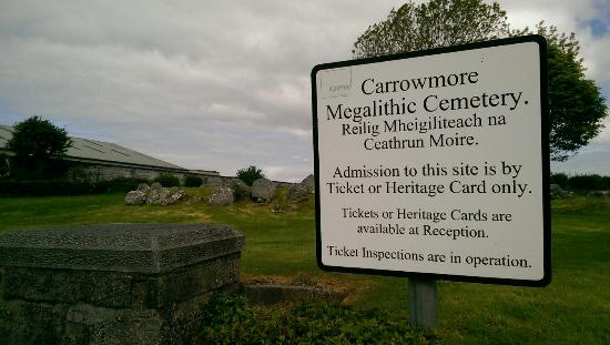 Carrowmore Megalithic Cemetery: IMAG2661_large.jpg