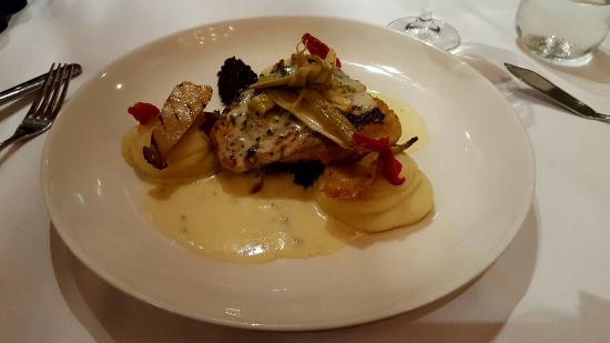 Signal Restaurant Waterfront: 20160523_185736_large.jpg