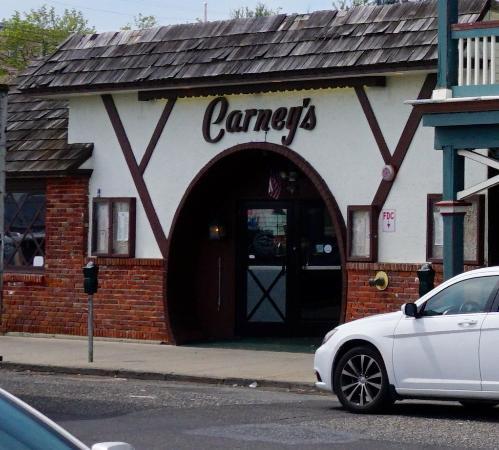 Carney's : unpretentious